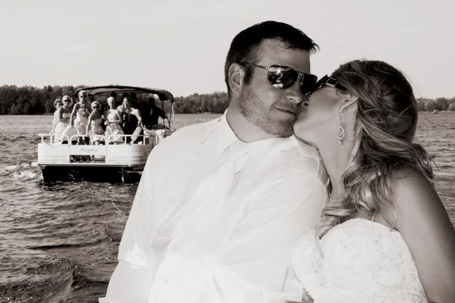 brideandgroomontheboat-WIlakesidewedding-DMP