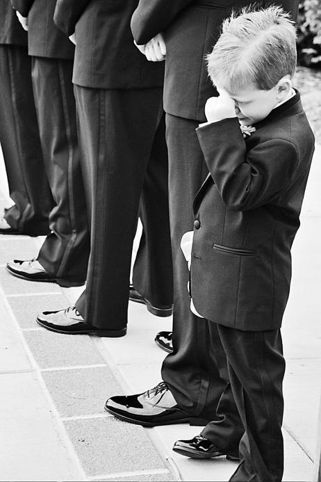 awesome MN wedding photography - wedding day kiddos