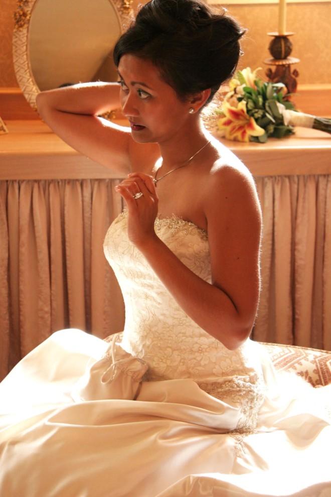 meaningful MN wedding photos - bridal beauty
